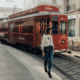 Chanel tinge di rosso Milano per il Natale: un tram storico personalizzato girerà per la città fino alla Vigilia